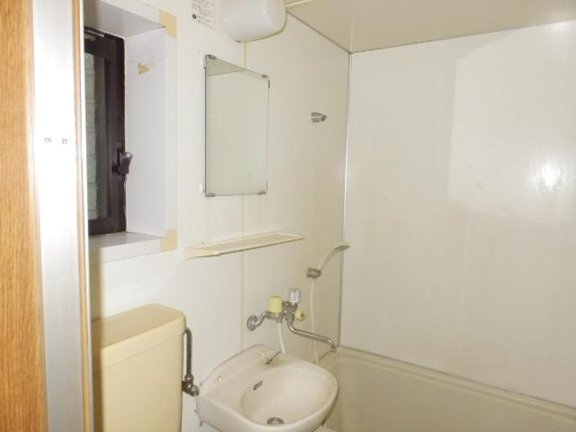 トーア・レジデンス 301号室の洗面所
