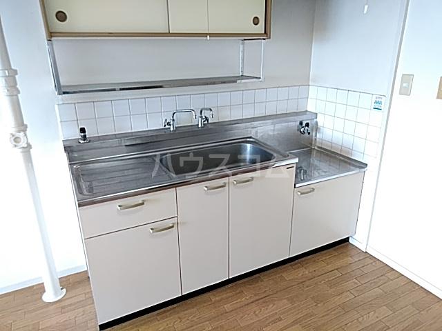 青木ハイツ 505号室のキッチン