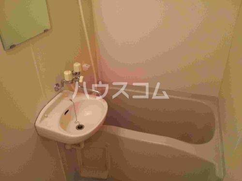 レオパレス山都 208号室の洗面所