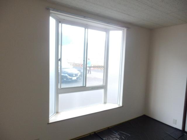 第2ニューリース神崎 205号室の居室