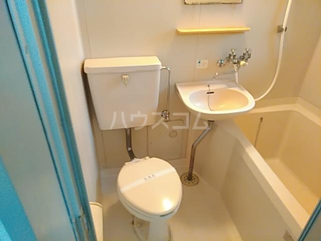 ガーデンバレー21 101号室のトイレ