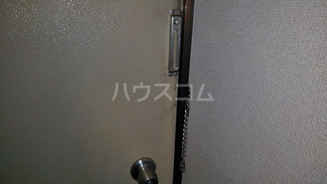 サザンフォレスト本厚木 203号室の玄関