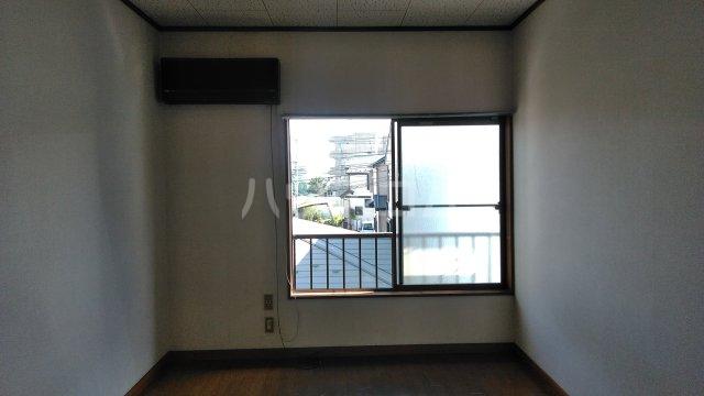 サザンフォレスト本厚木 203号室のリビング
