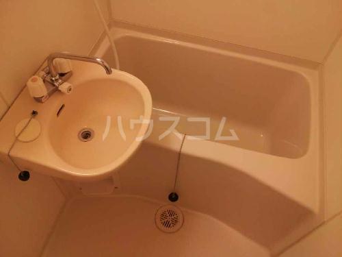 レオパレスグランドゥールⅡ 303号室の洗面所
