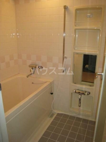 ライオンズガーデン海老名 410号室の風呂