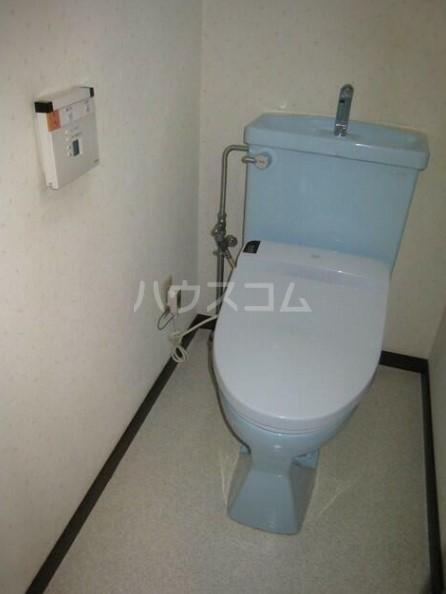 ライオンズガーデン海老名 410号室のトイレ