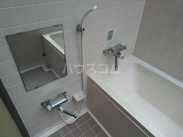 ダイアパレス本厚木 1202号室の風呂