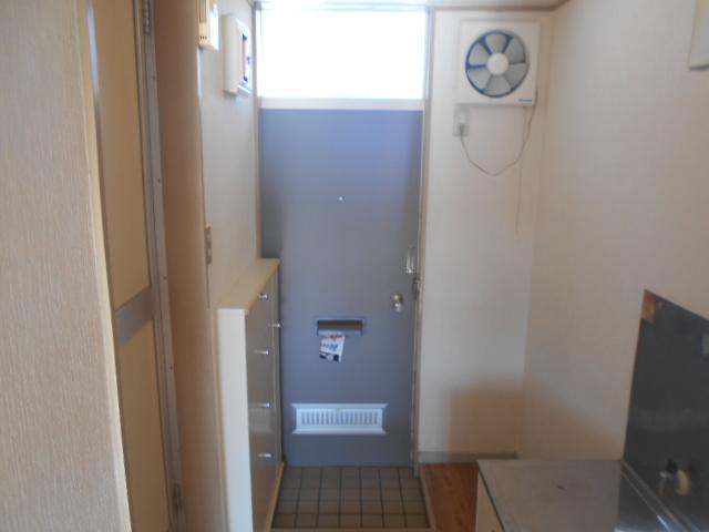 ガーデンバレー21 207号室の玄関