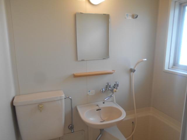 ガーデンバレー21 207号室のトイレ