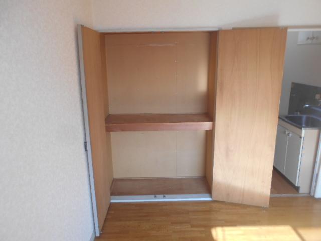 ガーデンバレー21 207号室の収納