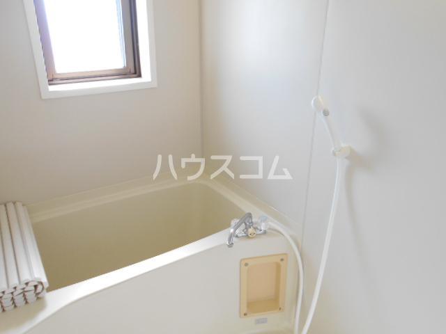 サーティーフォー海老名ビル 307号室の風呂