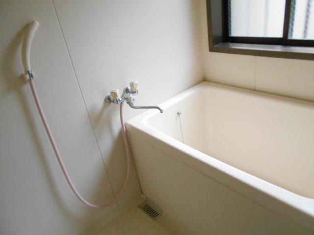 ユーフォリア海老名Ⅲ 201号室の風呂