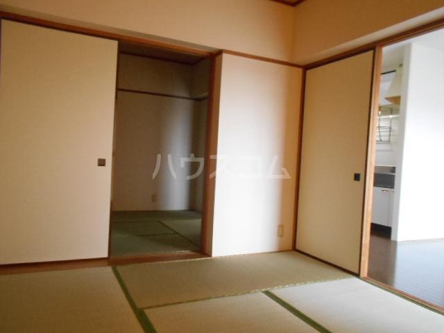 ヴェルジェ山口 104号室の居室