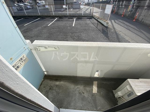 アイビー・ハウス 101号室の洗面所