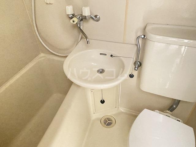 アイビー・ハウス 101号室の風呂