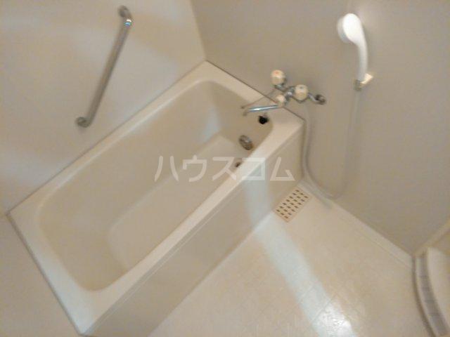 グレースシティB 202号室の風呂