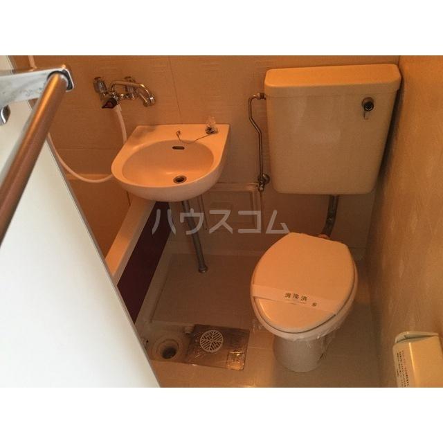 スマイルハウス第6 202号室のトイレ