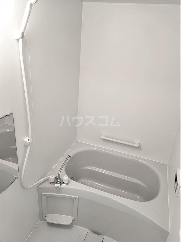 アベニールS 202号室の風呂