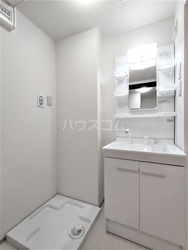 アベニールS 206号室の洗面所