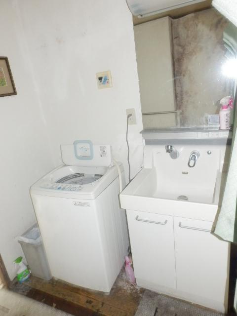 MAISON DAITO 208号室の洗面所