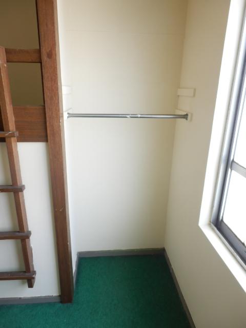 MAISON DAITO 208号室の収納