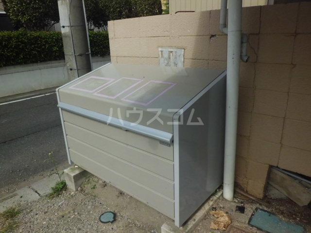 浅間ハイツ 102号室のキッチン
