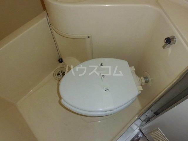 浅間ハイツ 102号室のトイレ