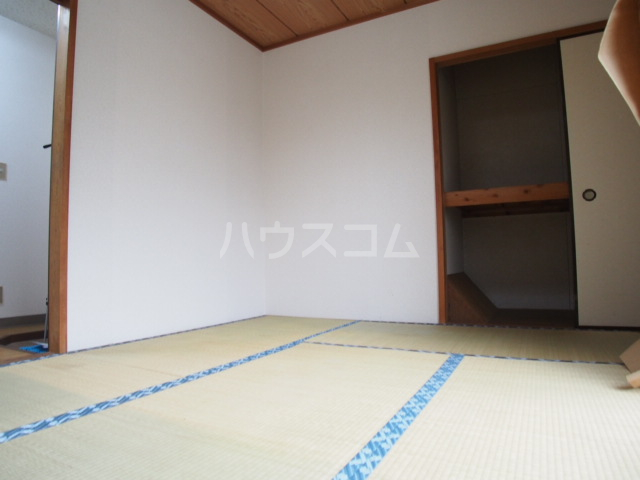 HIT 201号室の居室
