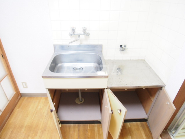 HIT 201号室のキッチン