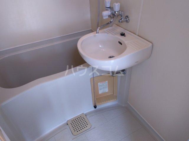 プレステージ島村 403号室の風呂