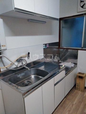 筑波荘 202号室のキッチン