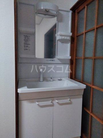 筑波荘 202号室の洗面所