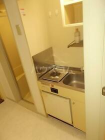 エスポワール元郷 0102号室のキッチン