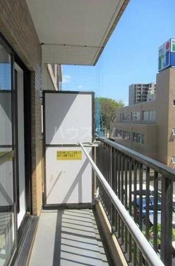 ライオンズマンション西川口第7 302号室のバルコニー