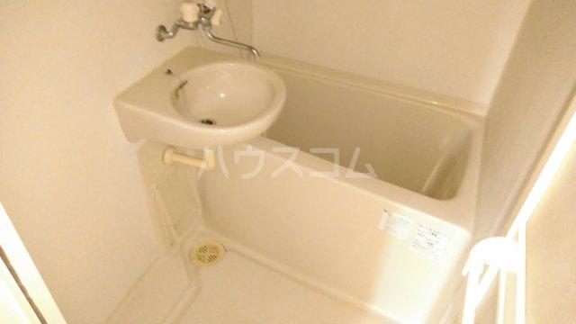 サザン宝蔵院B 103号室の風呂