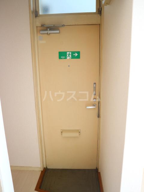 大木コーポ 206号室の玄関