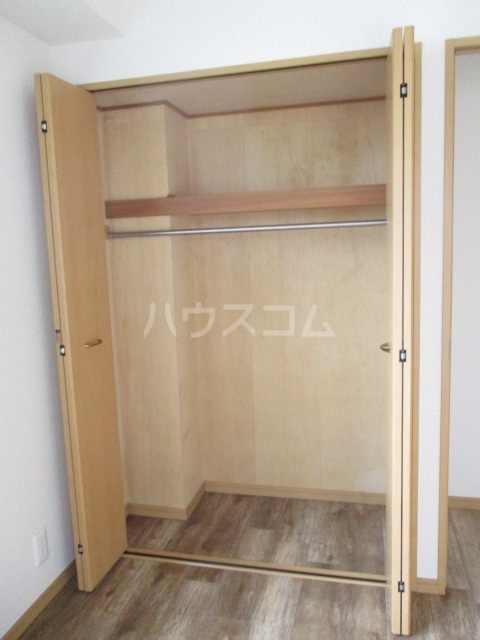 サンイング下丸子 301号室の収納