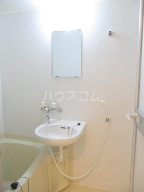 サンイング下丸子 301号室の風呂