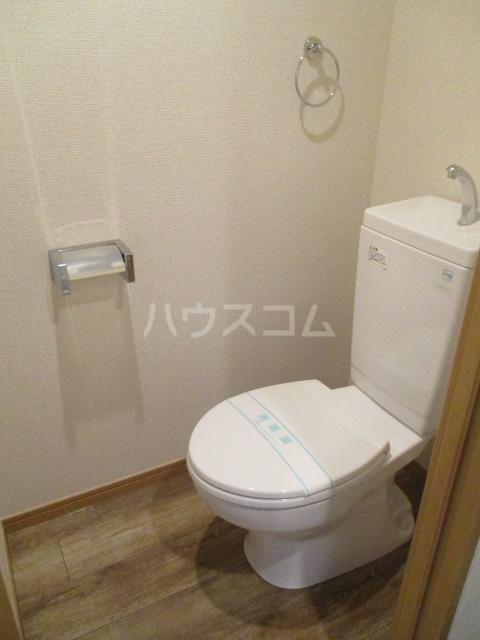 サンイング下丸子 301号室のトイレ