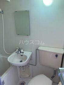 スカイコート西川口第3 502号室の洗面所