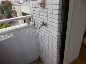 スカイコート西川口第3 502号室のバルコニー