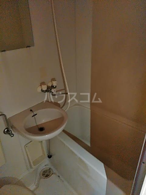 ベイグランド・サワノ A-204号室の風呂