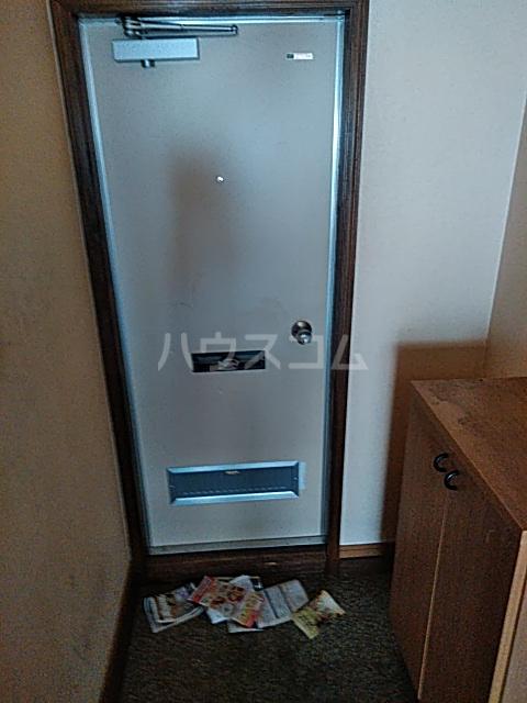 ベイグランド・サワノ A-204号室の玄関