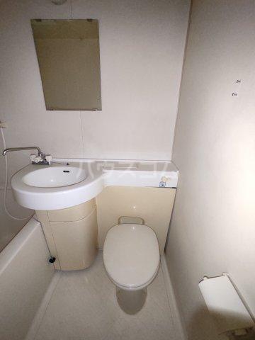 ビルタスコーポ 102号室のトイレ