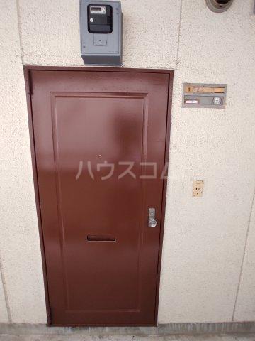 ビルタスコーポ 102号室の玄関