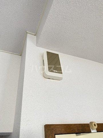 フラット佐藤 201号室のセキュリティ