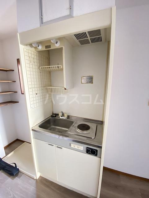 フラット佐藤 201号室のキッチン