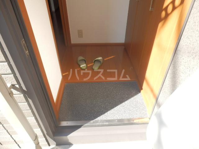 ボヌール・K 101号室の玄関