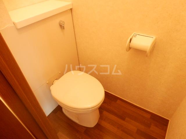 ボヌール・K 101号室のトイレ