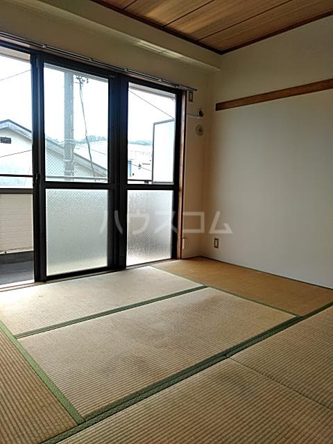レジデンス東寺尾 301号室のベッドルーム